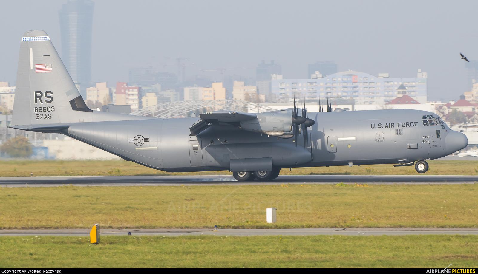 USA - Air Force 08-8603 aircraft at Warsaw - Frederic Chopin