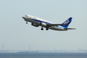 JA02AN - ANA - All Nippon Airways Boeing 737-700
