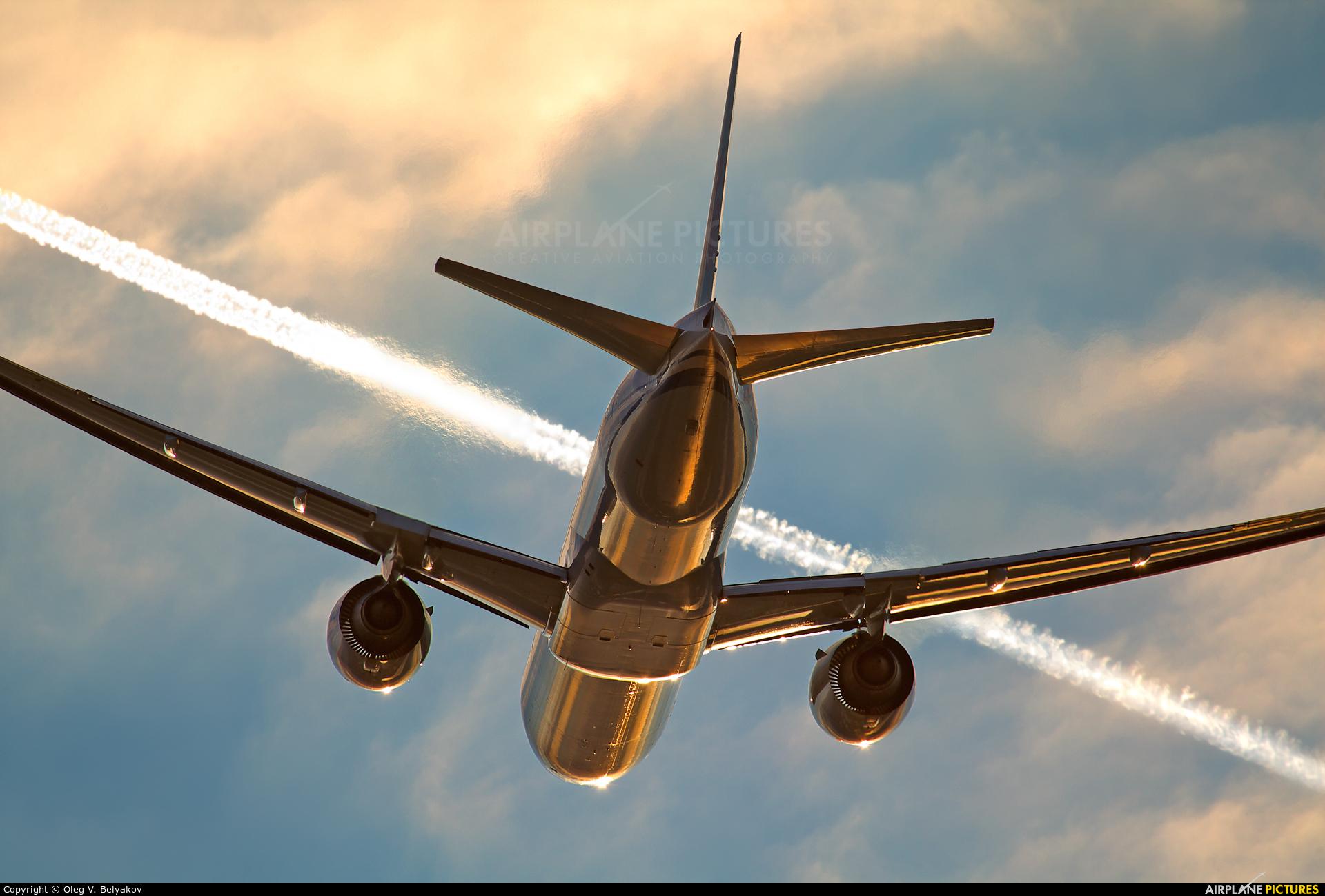 Air China B-2031 aircraft at London - Heathrow