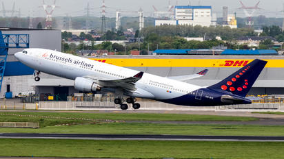 OO-SFZ - Brussels Airlines Airbus A330-200