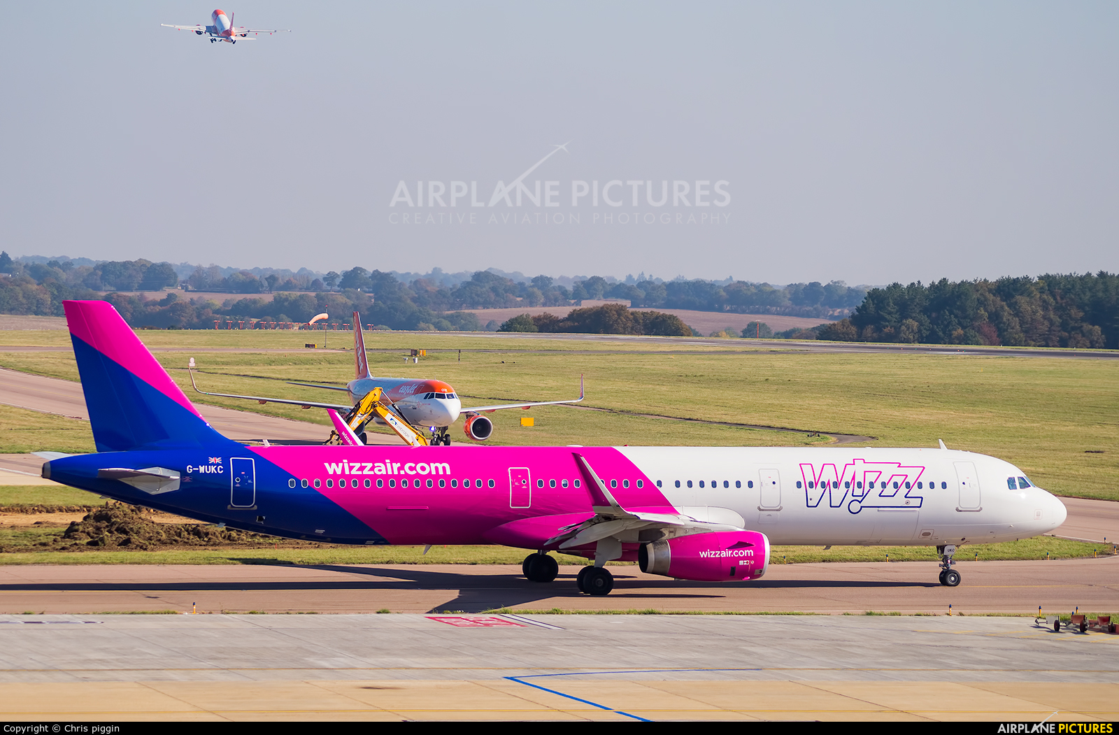 G Wukc Wizz Air Uk Airbus A321 At London Luton Photo Id 1132329 Airplane Pictures Net