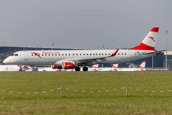 OE-LWI - Austrian Airlines/Arrows/Tyrolean Embraer ERJ-195 (190-200)