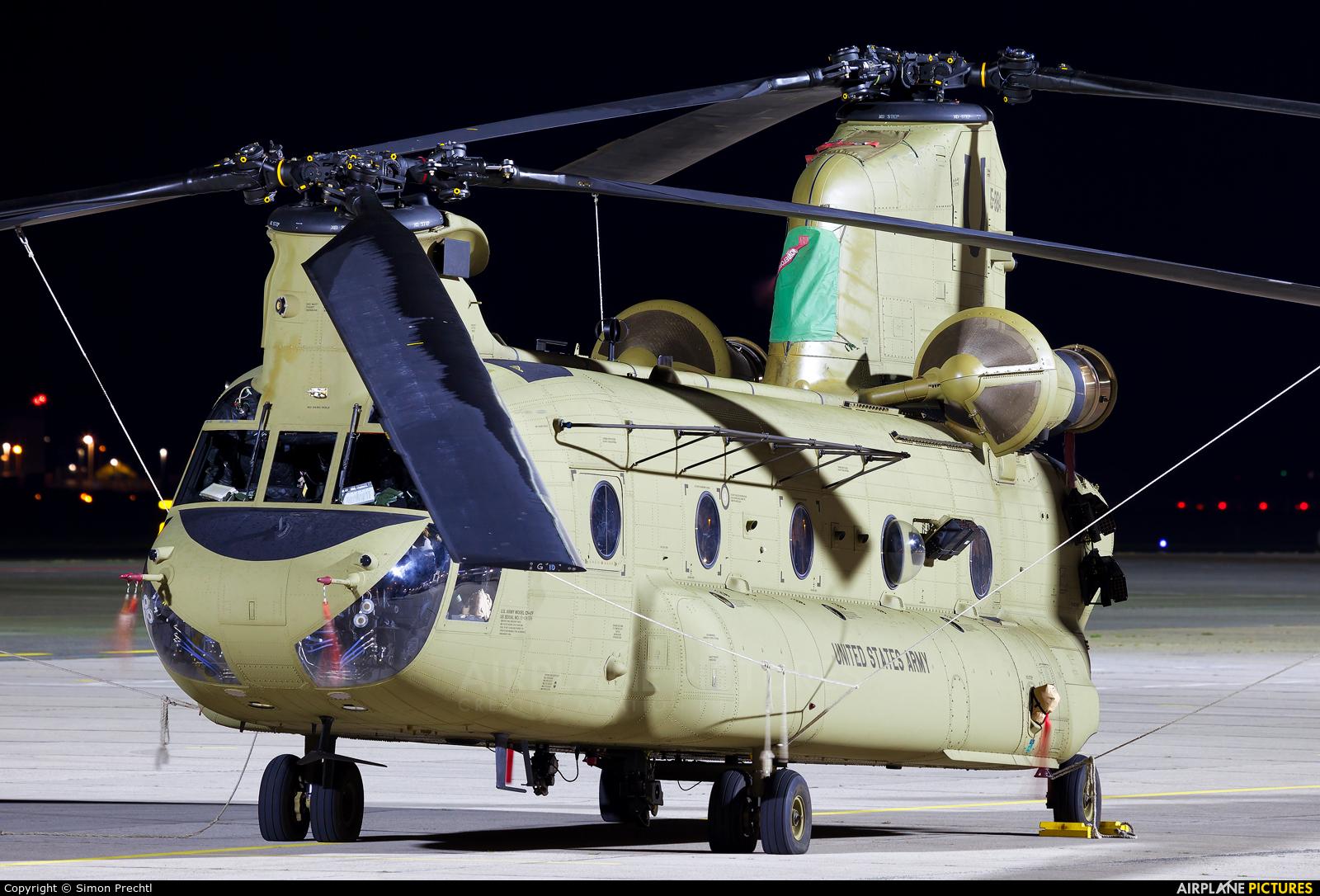 USA - Army 15-08184 aircraft at Linz