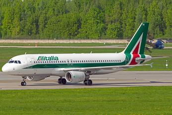 EI-DTN - Alitalia Airbus A320