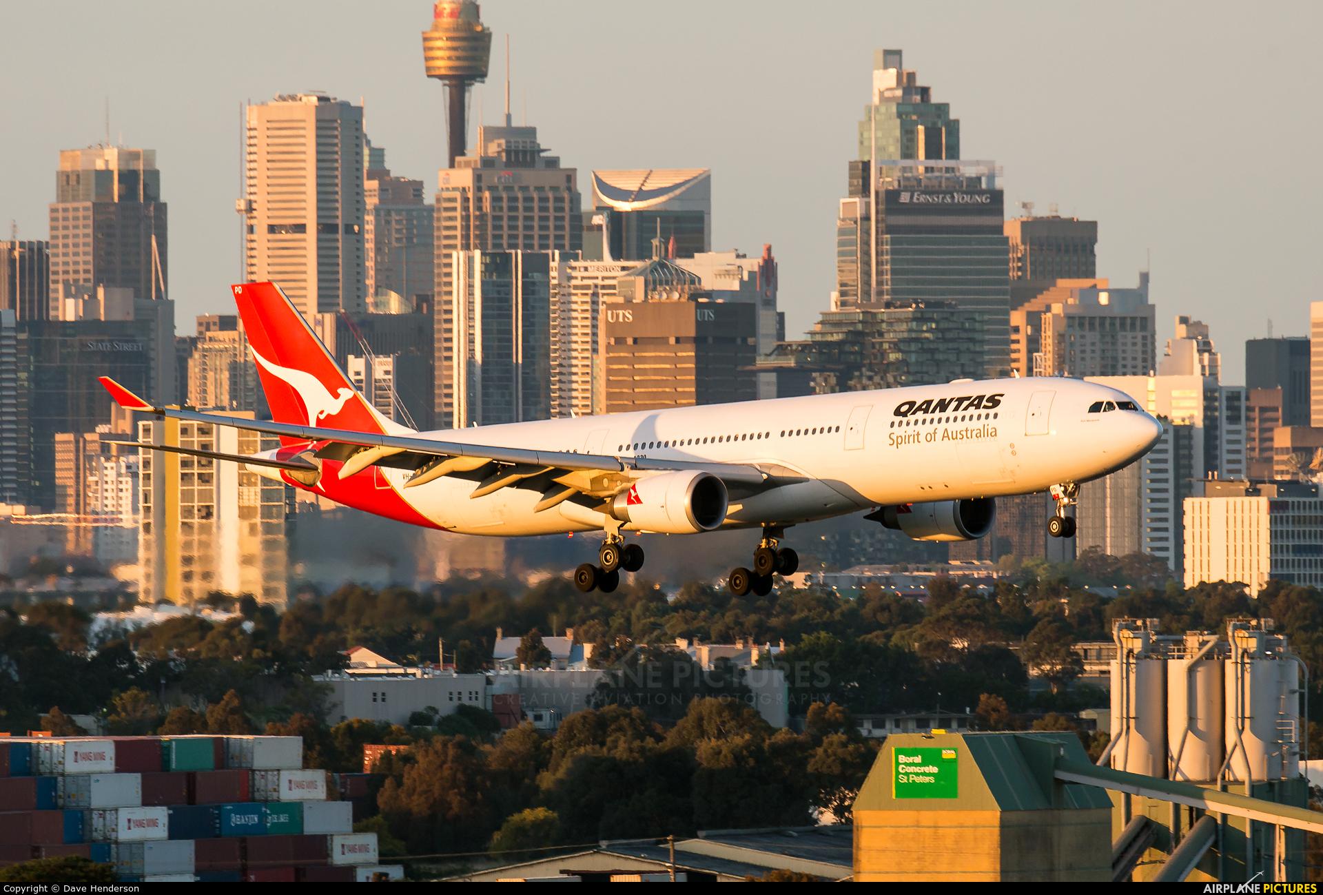 QANTAS VH-QPD aircraft at Sydney - Kingsford Smith Intl, NSW