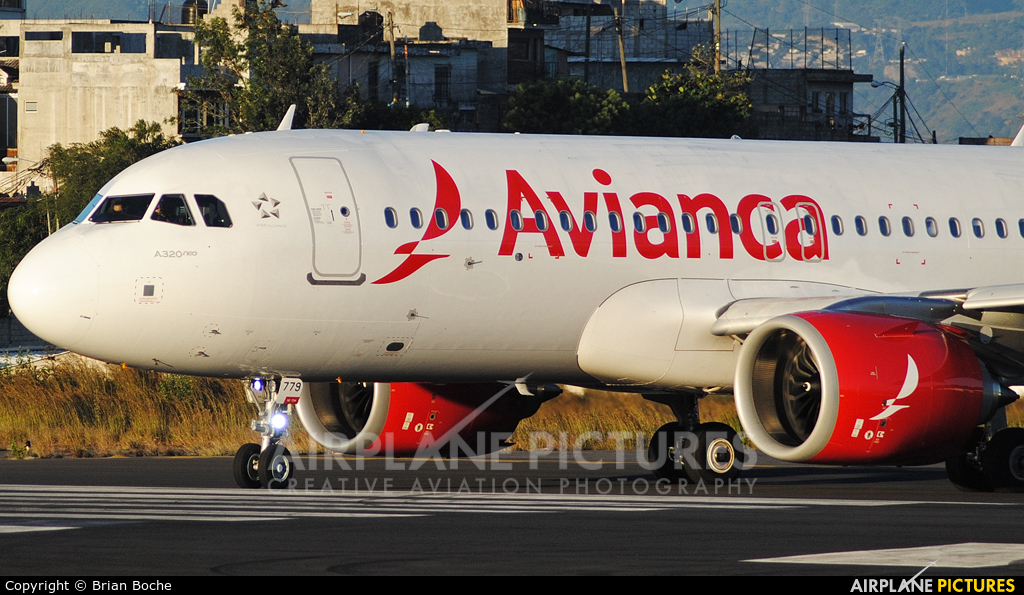 Avianca N779AV aircraft at Guatemala - La Aurora