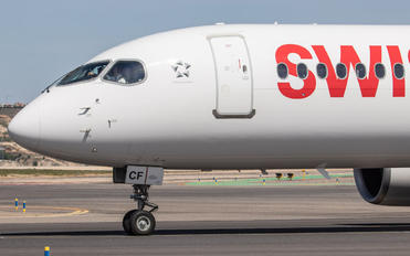 HB-JCF - Swiss Bombardier CS300