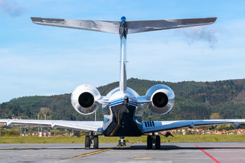 N6VB - Private Bombardier BD-700 Global Express