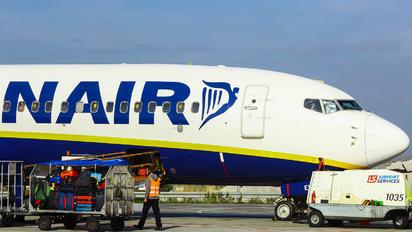 EI-EVR - Ryanair Boeing 737-800