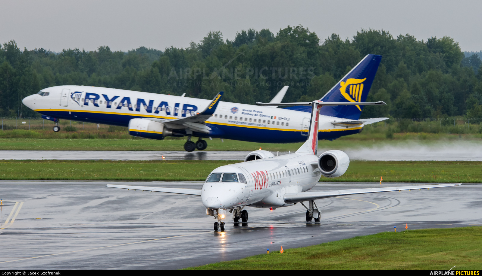 Air France - Hop! F-GUEA aircraft at Katowice - Pyrzowice
