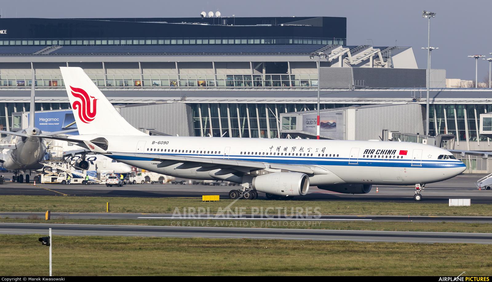 Air China B-6090 aircraft at Warsaw - Frederic Chopin