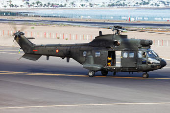 HT.21-12 - Spain - FAMET Aerospatiale AS332 Super Puma