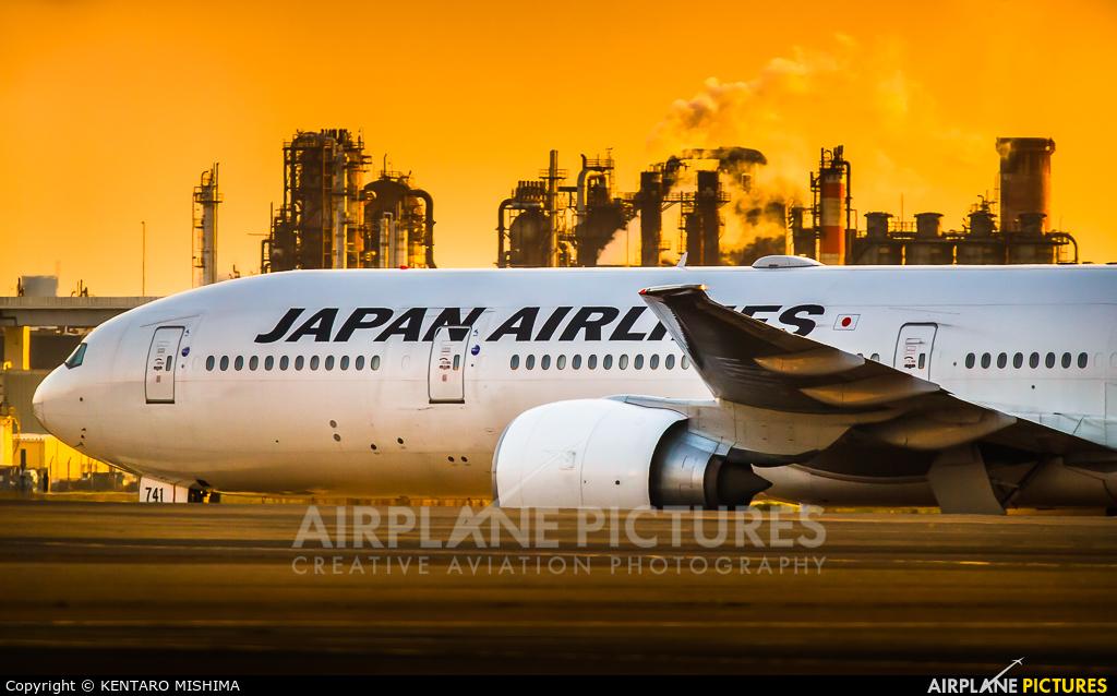 JAL - Japan Airlines JA741J aircraft at Tokyo - Haneda Intl