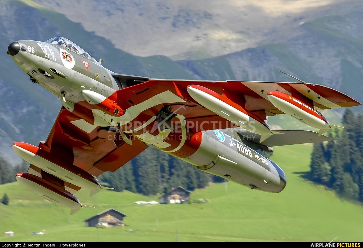 Hunter Flying Club HB-RVU aircraft at St. Stephan