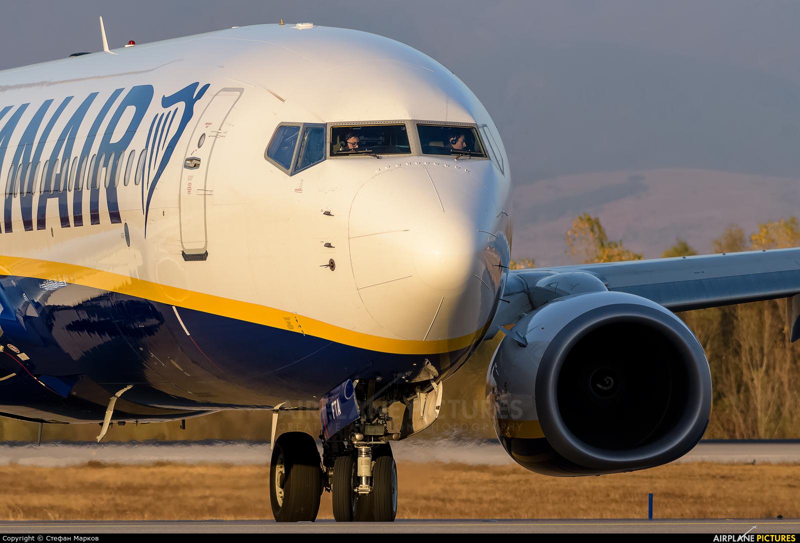 Ryan Air EI-FTA aircraft at Sofia