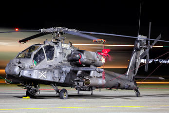 07-05524 - USA - Army Boeing AH-64D Apache
