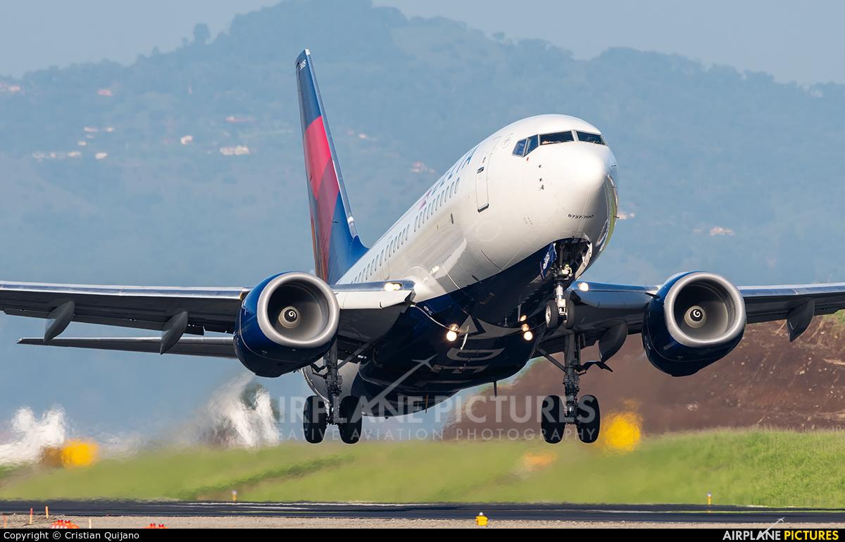 Delta Air Lines N305DQ aircraft at San Jose - Juan Santamaría Intl