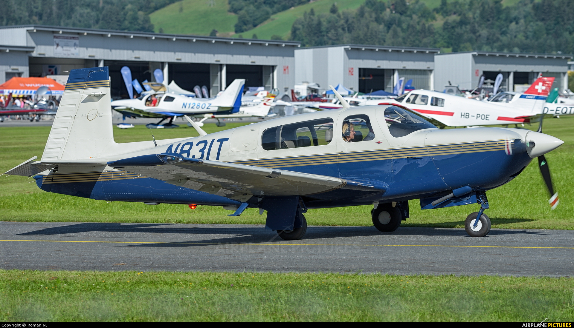 Private N831T aircraft at Zell am See