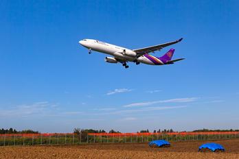 HS-TBC - Thai Airways Airbus A330-300
