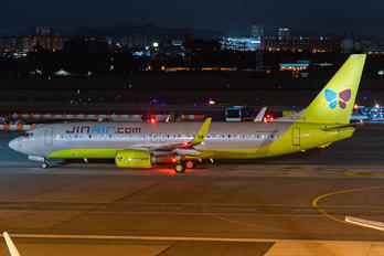 HL8012 - Jin Air Boeing 737-800