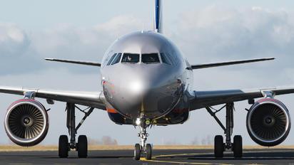 VP-BIL - Aeroflot Airbus A320
