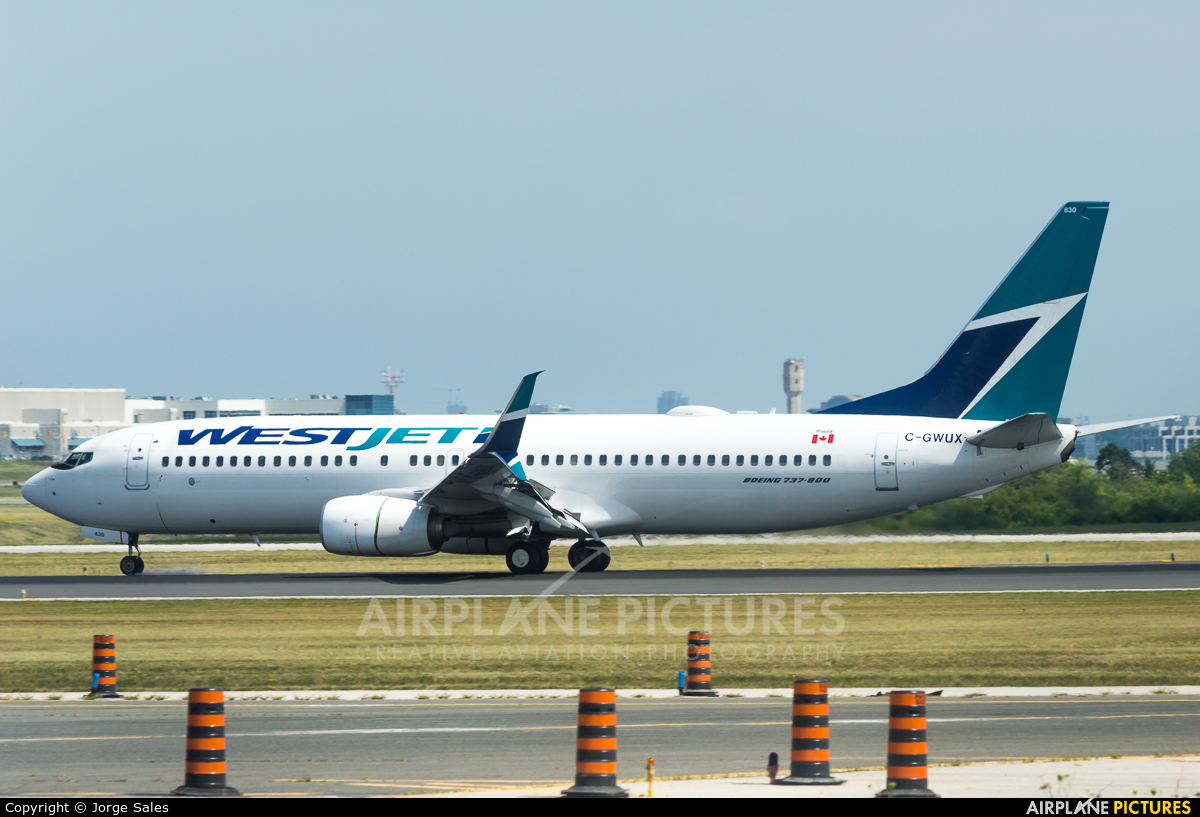 WestJet Airlines C-GWUX aircraft at Toronto - Pearson Intl, ON