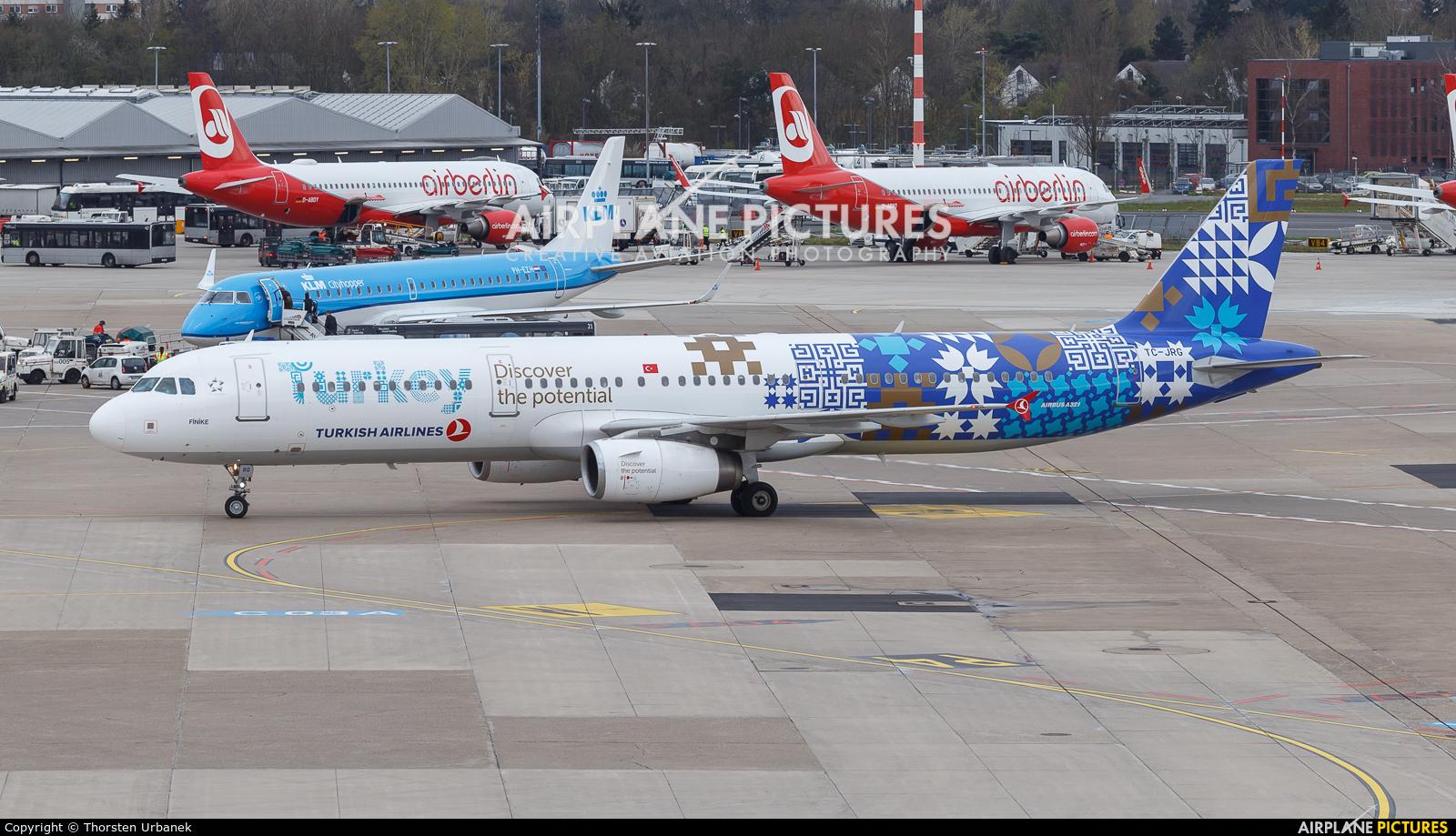 Turkish Airlines TC-JRG aircraft at Düsseldorf