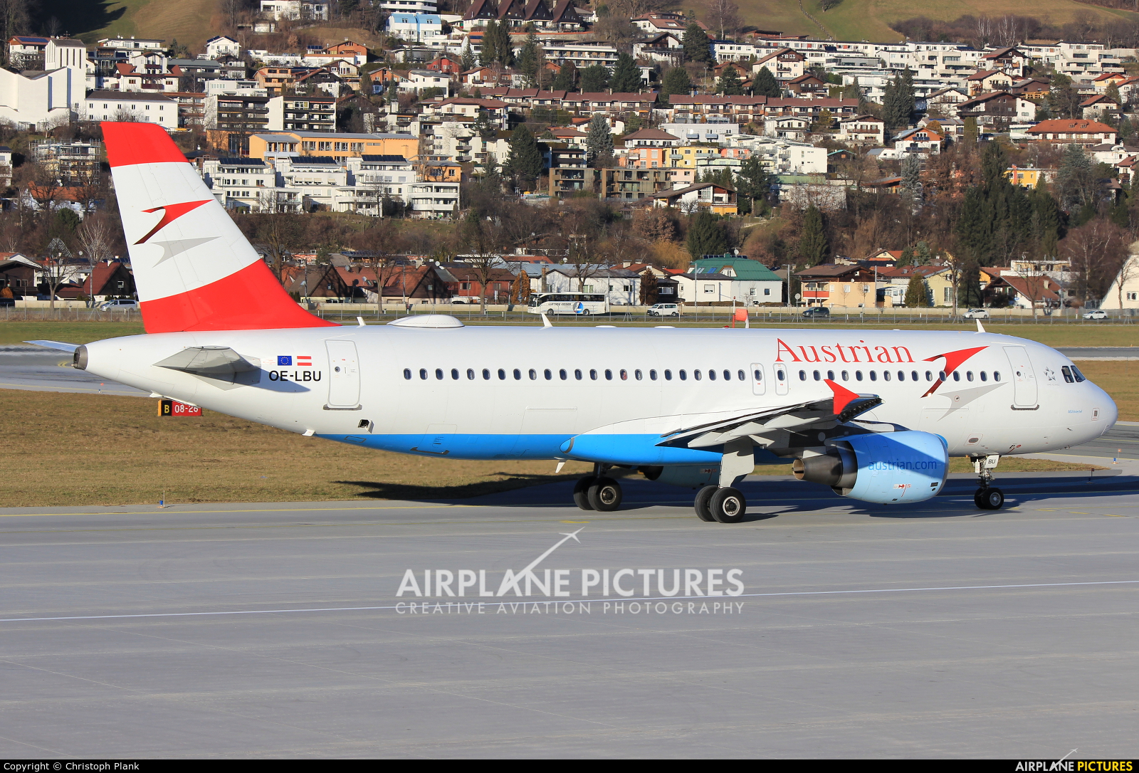 Austrian Airlines/Arrows/Tyrolean OE-LBU aircraft at Innsbruck