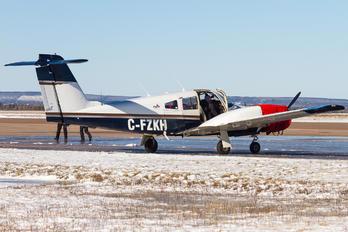 C-FZKH - Private Piper PA-44 Seminole