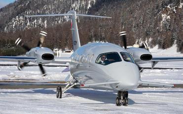 I-BCOM - Private Piaggio P.180 Avanti I & II