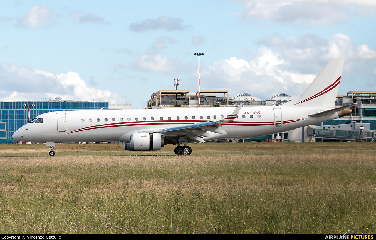 Private A6-HHS aircraft at Bari