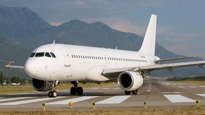 UR-CQM - FANAir Airbus A320