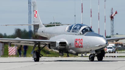 1629 - Poland - Air Force PZL TS-11 Iskra