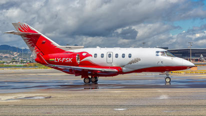 LY-FSK - Private Hawker Beechcraft 900XP