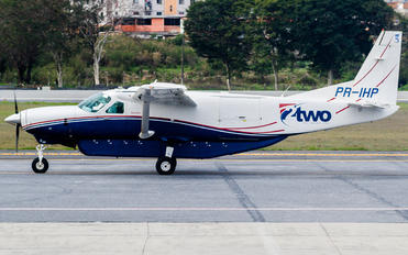 PR-IHP - Two Táxi Aéreo Cessna 208B Grand Caravan