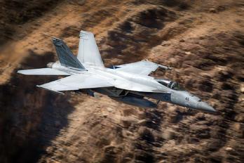 168479 - USA - Navy McDonnell Douglas F/A-18E Super Hornet