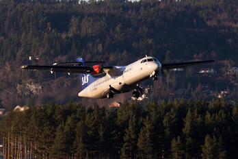 G-FBXE - SAS - Scandinavian Airlines (Flybe) ATR 72 (all models)