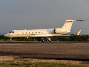 8P-MSD - Private Gulfstream Aerospace G-V, G-V-SP, G500, G550