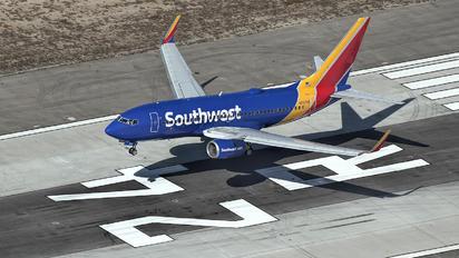 N7874B - Southwest Airlines Boeing 737-700