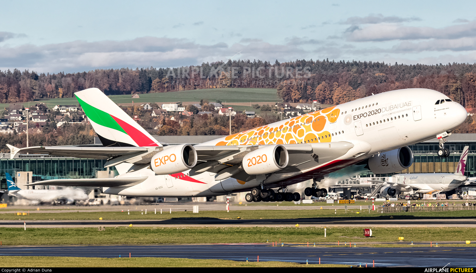 Emirates Airlines A6-EOU aircraft at Zurich