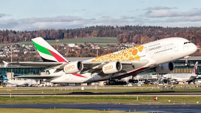 A6-EOU - Emirates Airlines Airbus A380