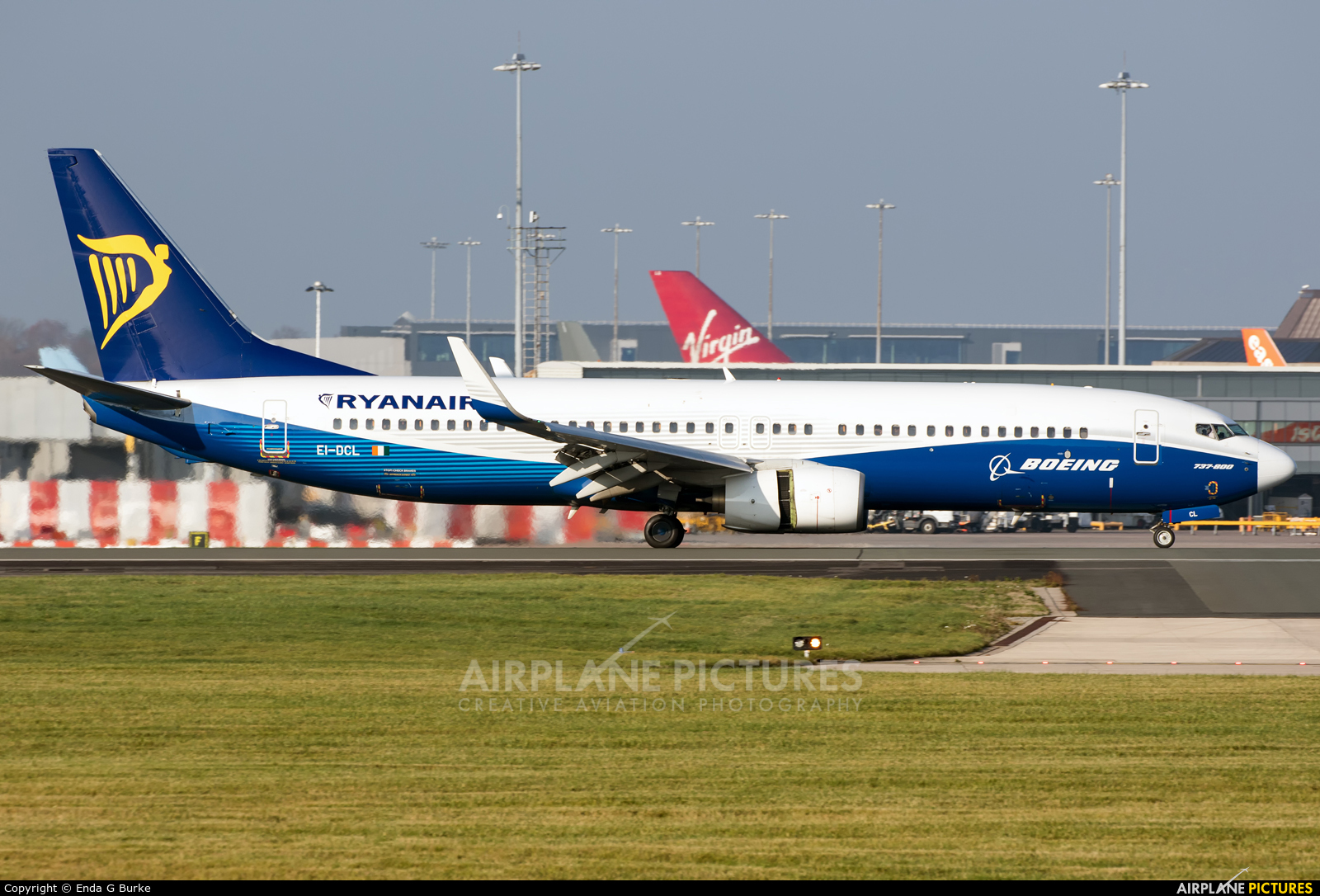 Ryanair EI-DCL aircraft at Manchester