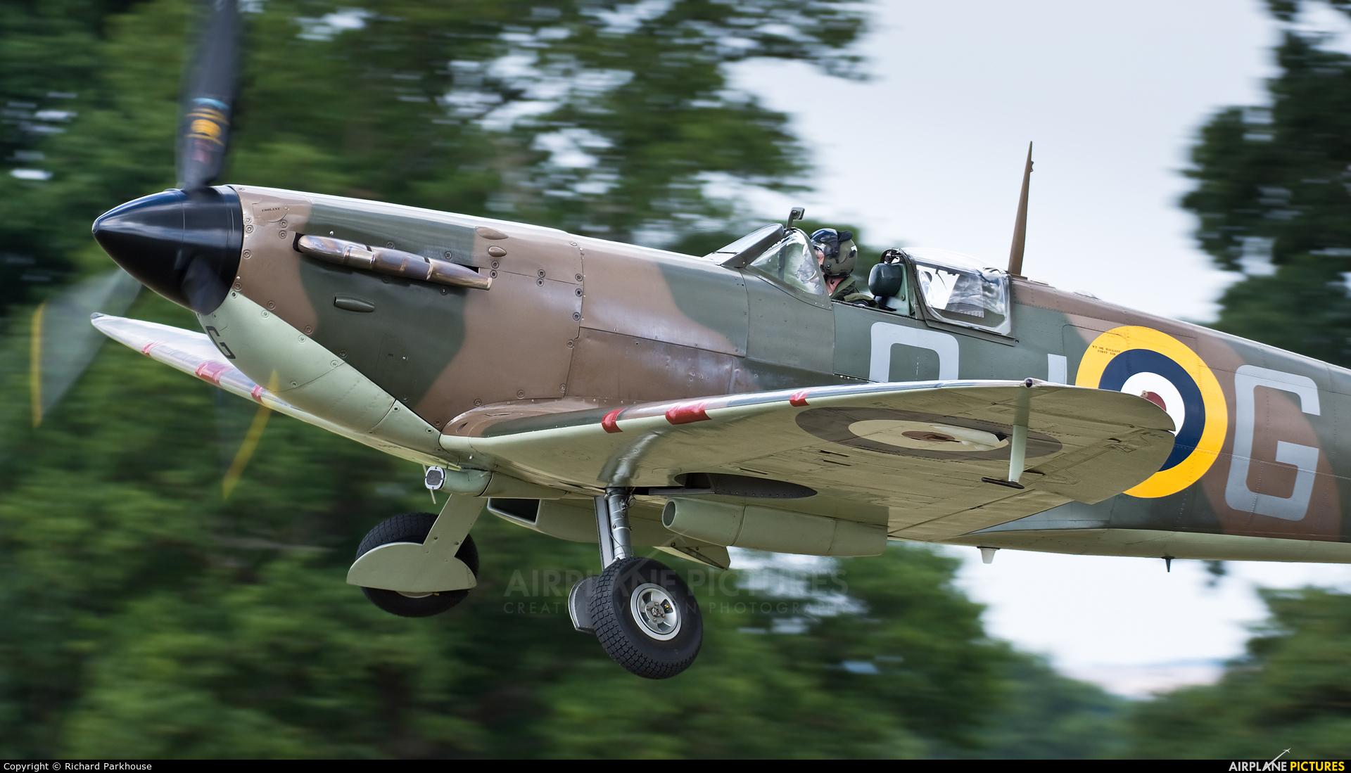 "Royal Air Force ""Battle of Britain Memorial Flight"" P7350 aircraft at Lashenden / Headcorn"