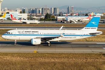 9K-AKE - Kuwait Airways Airbus A320