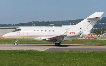 TC-KHA - Private Raytheon Hawker 900XP