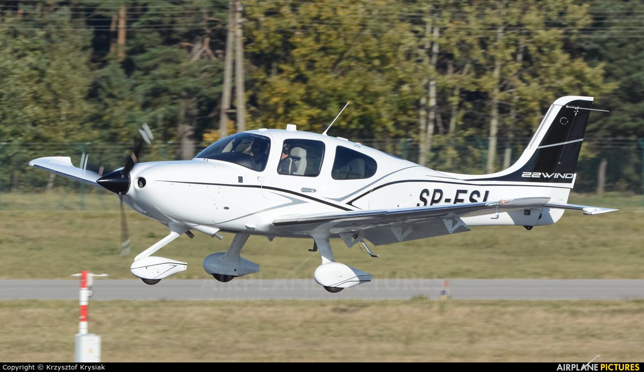 Private SP-FSI aircraft at Gdańsk - Lech Wałęsa
