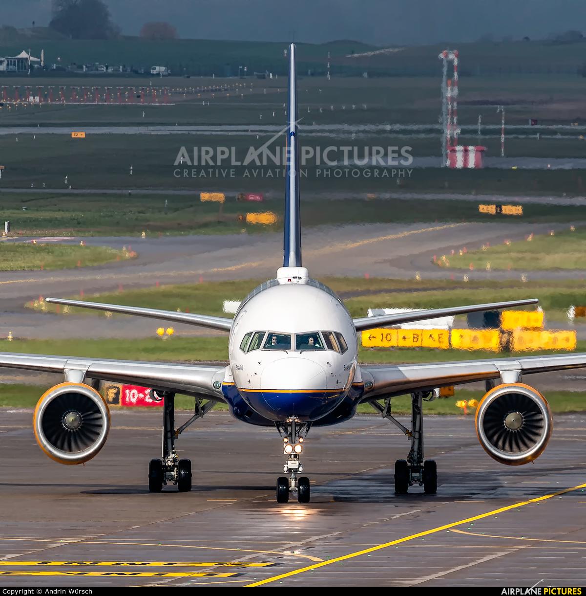 Icelandair TF-FIP aircraft at Zurich
