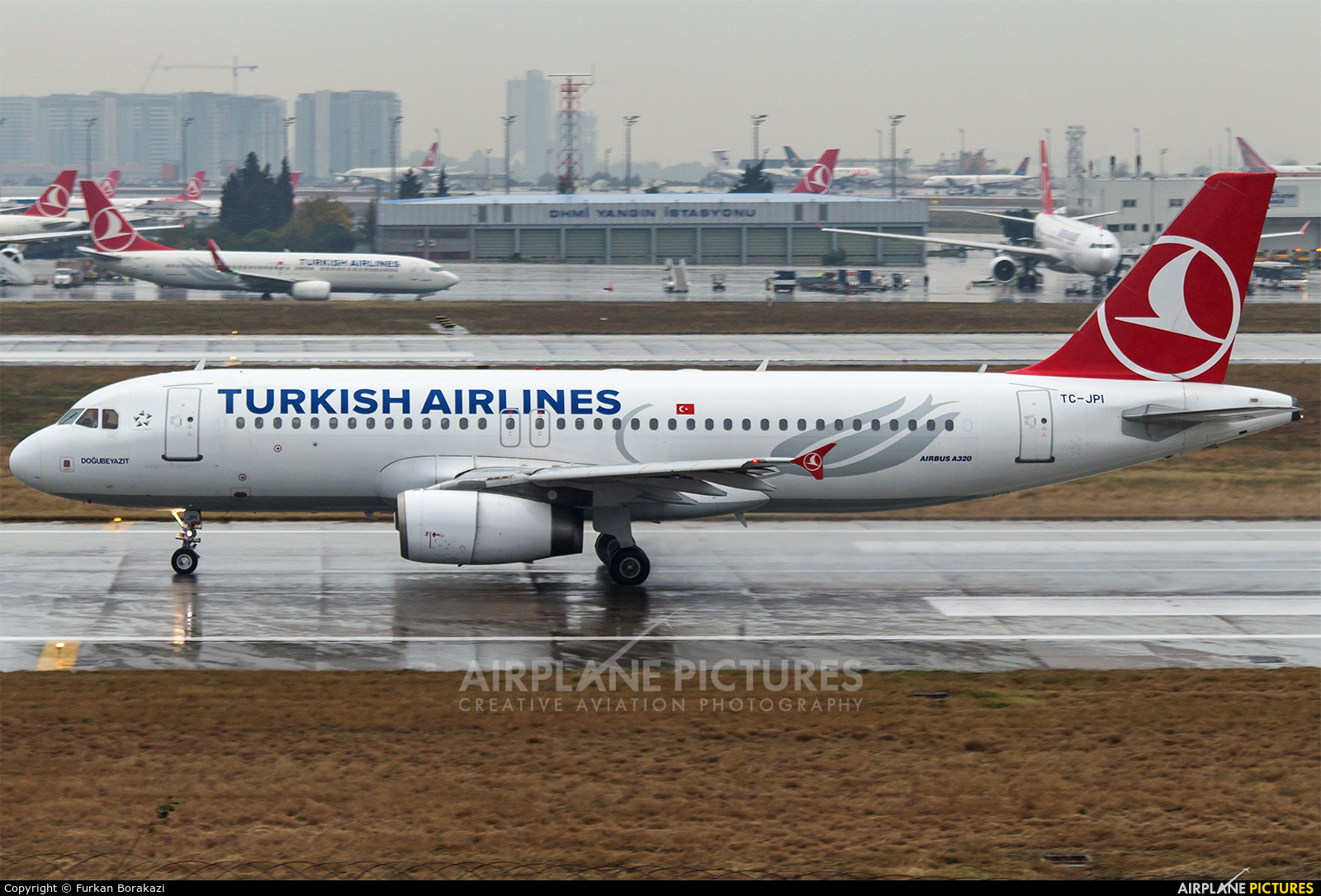 Turkish Airlines TC-JPI aircraft at Istanbul - Ataturk