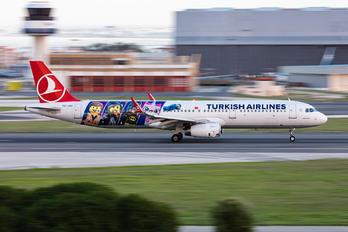 TC-JSU - Turkish Airlines Airbus A321