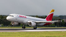 EC-IZH - Iberia Airbus A320 aircraft